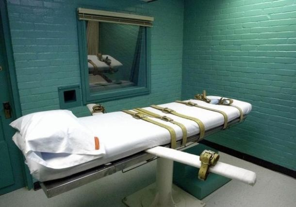 Death penalty states mull return of firing squads, electric chairs