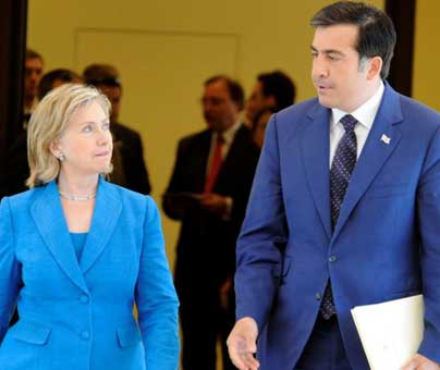 Clinton announces aid for Georgian defenses, meets Saakashvili but not top opposition rival