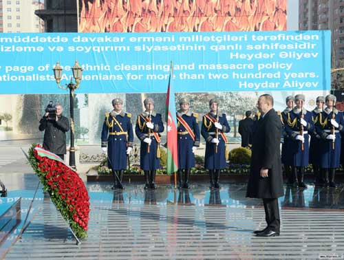 Azerbaijanis around the world commemorate the Khojaly tragedy